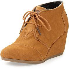 TOMS Suede Desert Wedge Boot (120 CAD) ❤ liked on Polyvore featuring shoes, boots, ankle booties, brown, suede booties, lace up booties, lace-up wedge booties, lace up wedge ankle booties y brown boots