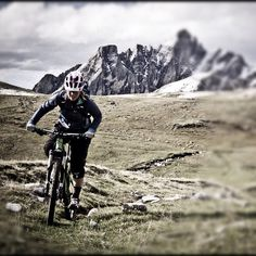Riding to Italy for the next World Cup round in Val Di Sole