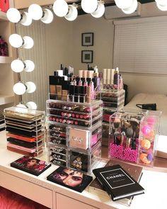 makeup box brands Girls Makeup, Glam Makeup, Flawless Makeup, Makeup Desk, Makeup