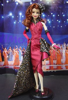Miss Alabama 2007 Barbie Miss, Barbie And Ken, Barbie Clothes, Barbie Dolls, Miss Pageant, Fashion Dolls, Fashion Outfits, Pageant Gowns, Little Doll