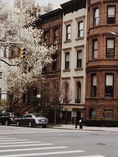 "christiescloset: ""Between Madison & Park "" - street Brown Aesthetic, City Aesthetic, Travel Aesthetic, Aesthetic Anime, Concrete Jungle, Aesthetic Pictures, Aesthetic Wallpapers, Beautiful Places, Beautiful Pictures"