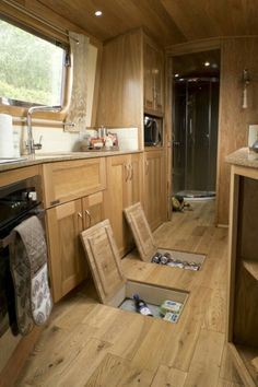 camper ideas trailer / camper ideas ` camper ideas decor ` camper ideas organization ` camper ideas diy ` camper ideas remodel ` camper ideas trailer ` camper ideas pull behind ` camper ideas rv living Bus Living, Tiny House Living, School Bus Camper, School Bus House, Narrowboat Interiors, Caravan Decor, Caravan Ideas, Kombi Home, Camper Van Conversion Diy