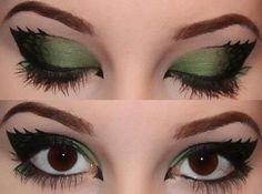 dragon eye make-up Eyeshadow Makeup, Makeup Art, Makeup Tips, Beauty Makeup, Eyeliner, Hair Makeup, Makeup Ideas, Pixie Makeup, Maybelline Eyeshadow