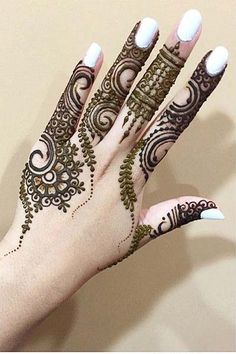 Simple and classy mehndi 2017