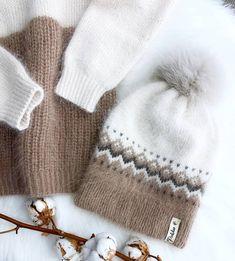 krasivospicami.ru: 792 изображения найдено в Яндекс.Картинках Knitting Patterns Boys, Knitting Projects, Hat And Scarf Sets, Fair Isle Pattern, Headband Pattern, Knitting Accessories, Kids Hats, Knit Beanie, Crochet Yarn