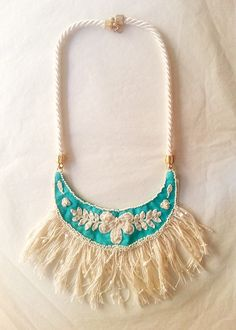 Sunday shop wearing necklaces crocheted #LetsCurate