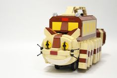 みなさんご存知、となりのトトロに登場する「ねこバス」は、おそらくこれまでに多くの方がレゴで作ってこら...