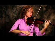 http://www.ViolinLab.com  To add sophistication to your Bow Hold, finger flexibility is a must if you want to sound like a pro. Learn these techniques with detailed training videos at Violin Lab.