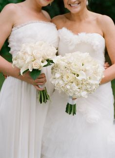 All White Bouquets #WishBigWinBigGiveaway #registry #wedding