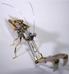 mantroida aurum2 Steampunk Insects Created from Bullets