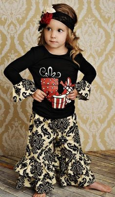 OMG I want this outfit for me!!!  Too cute!  I want to be a toddler again just for the clothes!