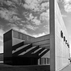 MOCAK - Muzeum Sztuki Współczesnej w Krakowie - Kraków - Rozrywka - Przewodnik turystyczny po Polsce byStep.pl