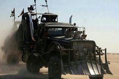 Your-Fantasy-Post-Apocalyptic-Vehicle.jpg (720×480)