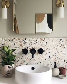 Modern Bathroom Decor, Bathroom Interior Design, Modern Small Bathrooms, Colourful Bathroom Tiles, Small Spa Bathroom, Best Bathroom Designs, Bathroom Design Small, Modern Bathroom Inspiration, Interior Design Inspiration