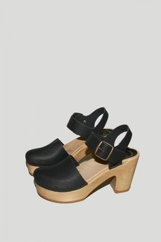 Jane Clog on Platform in Black