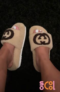 Sneakers Fashion, Fashion Shoes, Crocs Fashion, Fluffy Shoes, Cute Slippers, Cute Sneakers, Aesthetic Shoes, Hype Shoes, Sneaker Heels