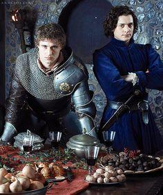Edward IV and Richard III (Max Irons and Aneurin Barnard)