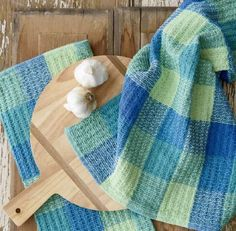 Rigid Heddle Playing with Blocks Waffle Weave Towels.  Get inspired using color and texture on your rigid heddle loom!   Waffle weave is the ideal weave structure for kitchen towels with its super absorbent abilities.   Weaving texture on your rigid heddle loom is very easy to achieve with just one pick up stick.