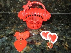 VINTAGE PLASTIC VALENTINE LOT - CANDY NUT CUP BASKET AND 2 SWEETHEART HEART PINS