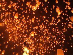 Visit Thailand During the Loi Krathong Festival