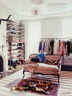 In my dreams: a spare room as a closet.