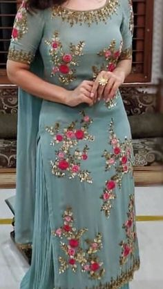 Shop salwar suits online for ladies from BIBA, W & more. Explore a range of anarkali, punjabi suits for party or for work. Patiala Suit Designs, Salwar Designs, Kurta Designs Women, Kurti Designs Party Wear, Dress Neck Designs, Designs For Dresses, Neck Designs For Suits, Punjabi Suits Designer Boutique, Indian Designer Suits
