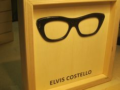 Famous Glasses: ELVIS COSTELLO