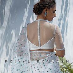 White Blouse Designs for White Sarees Blouse Back Neck Designs, White Blouse Designs, Netted Blouse Designs, Bridal Blouse Designs, Sari Design, Net Saree Blouse, Sleeveless Blouse, Silk Sarees, Logo Branding