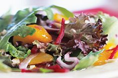 Try a beet salad recipe that will knock your socks off, featuring mandarin oranges and a light raspberry vinaigrette. This Mixed Greens & Beet Salad Recipe video will also demonstrate how to select the best produce! Beet Salad Recipes, Veggie Recipes, Easy Recipes, Vinaigrette, Chicken Supreme, Fresh Beets, Crispy Baked Chicken, Kraft Recipes, Kraft Foods