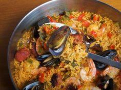 Receta de Paella con Camarones, Mejillones y Chorizo