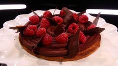 - Pâte sablée à la semoule de maïs- Ganache chocolat framboise- Réalisation