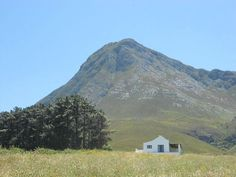 Hemel en Aarde Babylons Tower Cottage sleeps 5 for 2 nights Provinces Of South Africa, Shepherds Hut, Cape Town South Africa, Weekends Away, Holiday Destinations, Wine Country, Cottages, Places To See, Bucket