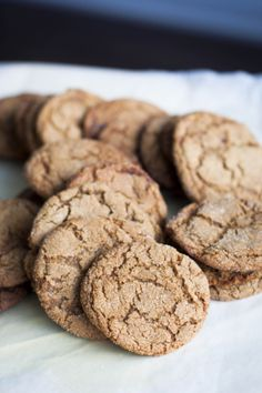Buttered Up: Alice Medrich's Ginger Cookies Pecan Cookies, Ginger Cookies, Biscuit Cookies, Cute Cookies, Sandwich Cookies, No Bake Cookies, Baking Cookies, Bar Cookies, Cookie Crisp
