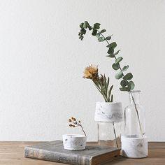 大理石風マーブル模様の花器 家庭用のセメントを使えば簡単