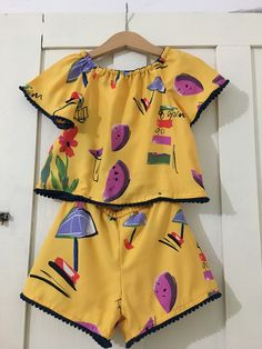 Little Girl Dresses, Little Girls, Girls Dresses, Frilly Dresses, Baby Dress, Kids Outfits, Kids Fashion, Barbie, Rompers