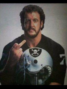 Lyle Alzado - A thoroughbred Raider Oakland Raiders Wallpapers, Oakland Raiders Images, Nfl Raiders, Raiders Girl, Oakland Raiders Football, Raiders Cheerleaders, Football Photos, Football Memes, School Football