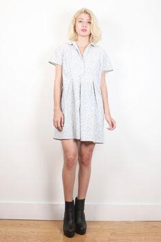 Vintage 1990s Dress Blue Daisy Floral Print Babydoll Dress 90s Dress Soft Grunge Light Cotton Pastel Mini Dress Shirt Dress M Medium L Large #1990s #90s #soft #grunge #babydoll #daisy #daisies #shirt #dress #mini #etsy #vintage