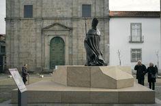 ESTÁTUA DE D. FREI BARTOLOMEU DOS MÁRTIRES - Estátua em bronze. 2017