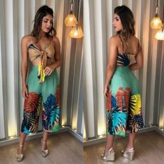HOT, HOT LOOK! We love this flowery plunging cropped top and matching jean shorts! African Fashion Designers, African Men Fashion, Womens Fashion, Summer Fashion Outfits, Love Fashion, Simple Prom Dress, Ball Gowns Evening, Outfit Combinations, Western Wear