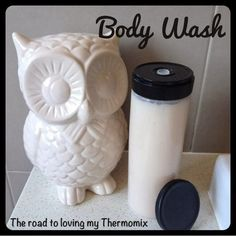 The road to loving my Thermomix: Body Wash Homemade Skin Care, Homemade Beauty Products, Homemade Gifts, Soap Recipes, New Recipes, Belini Recipe, Liquid Hand Soap, Cleaners Homemade, Beauty Recipe