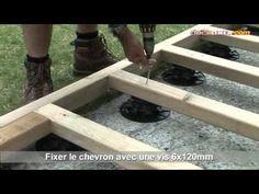 Installation de terrasse bois sur plots réglables - YouTube