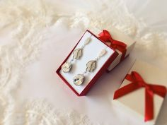 Bridal Earrings, Wedding Earrings, Swarovski Earrings, Crystal Clear earrings, drop long earrings, delicate glamour elegant stunning earrings Wedding Earrings, Swarovski, Delicate, Stud Earrings, Glamour, Drop, Elegant, Silver, Handmade