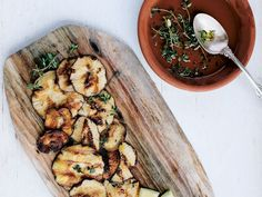 Grilled Shiitake Mushrooms with Chile and Thyme Recipe | Saveur