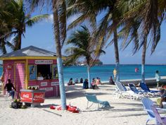 Gloria's Place in the Bahamas looks like the perfect place to kick off your flip flops and relax. #travel #bahamas