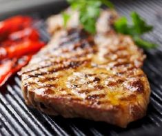 Pork is one of the most commonly eaten meats in the world. No wonder there are a multitude of ways to prepare this tasty meat. This guide contains recipes for grilling pork. Skillet Pork Chops, Bbq Pitmasters, Grilled Pork, Pork Roast, Coleslaw, Tasty Dishes, Lasagna, Grilling, Lunch