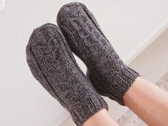 Life with Mari: Nilkkasukkia ja muutama sana käsityöläisten tutusta vaivasta... High Socks, Tutu, Life, Fashion, Moda, Thigh High Socks, Fashion Styles, Stockings, Tutus