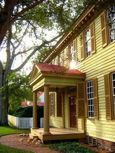 Grissel Hay Lodging House - Colonial Williamsburg, VA