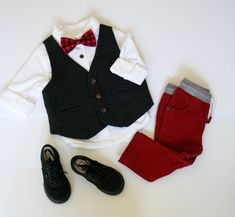 Red Black Buffalo Plaid Bow Tie and Suspenders, Toddler boys Christmas outfit, fall fashion, little boy fashion, boys clothes, baby boy outfits, boys fall outfits, boys sweater, fall family photo outfits, pictures with santa, holiday photo outfits, kids Christmas clothes, red pants, baby boy style