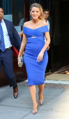 From colorful statement coats to feminine dresses, check out the best of Blake Lively's pregnancy style: Blue crossover Cushnie Et Ochs dress