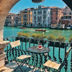 Venice, Italy @golden_heart #venice